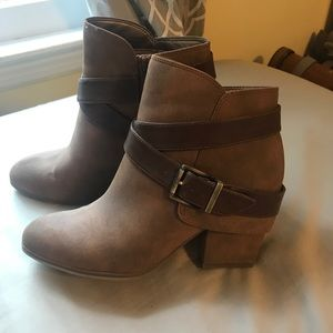 Brand new women's tan booties!